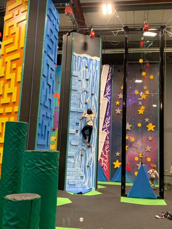 injoy climbing wall